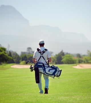 How to Choose a Good Golf Bag Picture