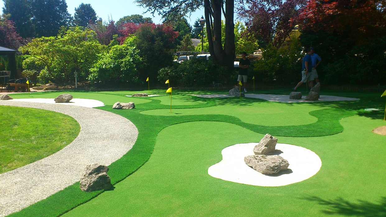 Beau How To Design A Mini Golf Course In Your Backyard Picture